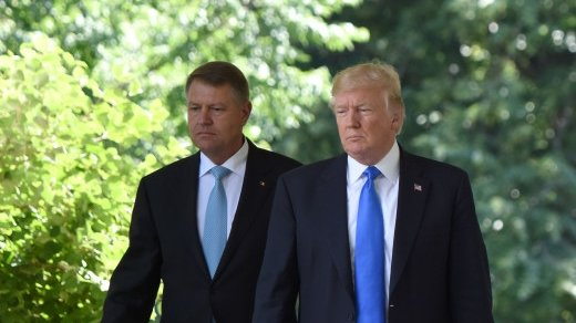 Iohannis, la aceeaşi masă cu Donald Trump