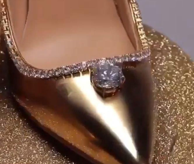 Așa arată cea mai scumpă pereche de pantofi din lume! Prețul e colosal