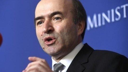 Toader anunţă o posibilă OUG cu privire la recomandările Comisiei de la Veneţia pentru legile justiţiei