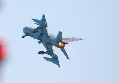Un avion militar s-a prăbușit în Rusia
