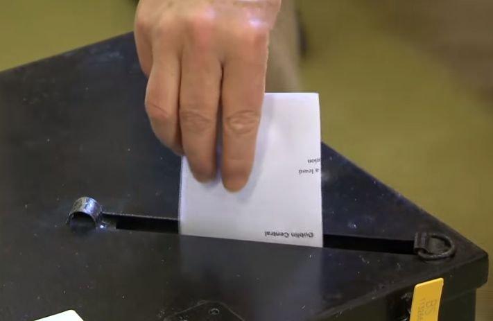 Referendumul invalidating