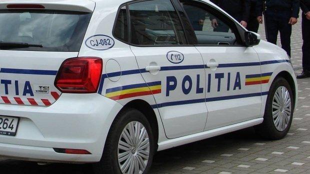 Mașină de poliţie în misiune spulberată într-un accident în Constanţa