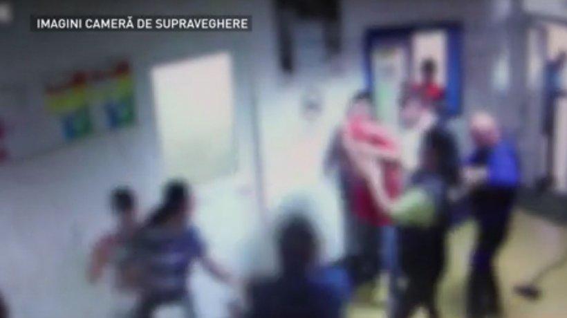 Imagini cu bătăia generală de la Spitalul Judeţean Buzău - VIDEO