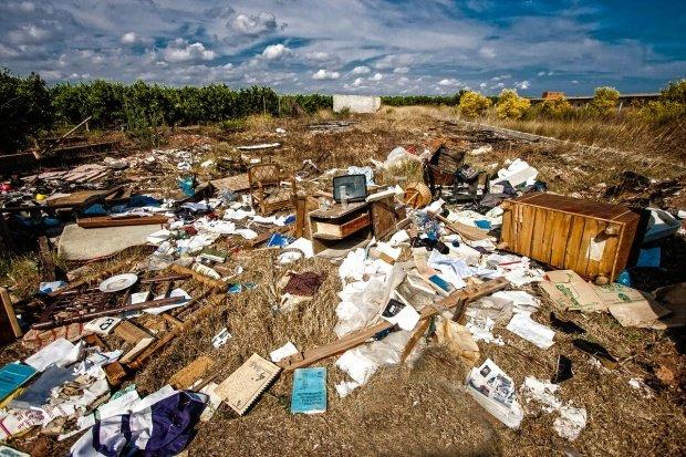 România, condamnată pentru gropile de gunoi
