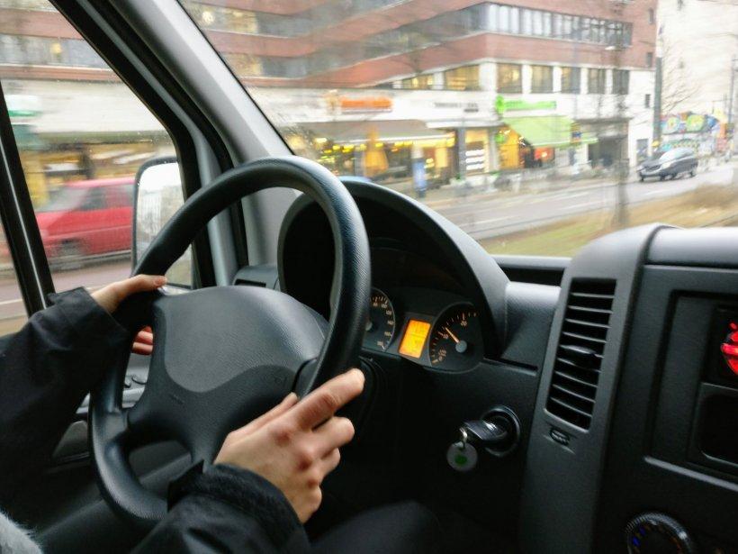 Anunţ important pentru şoferi. Ce se întâmplă cu permisele auto ale românilor