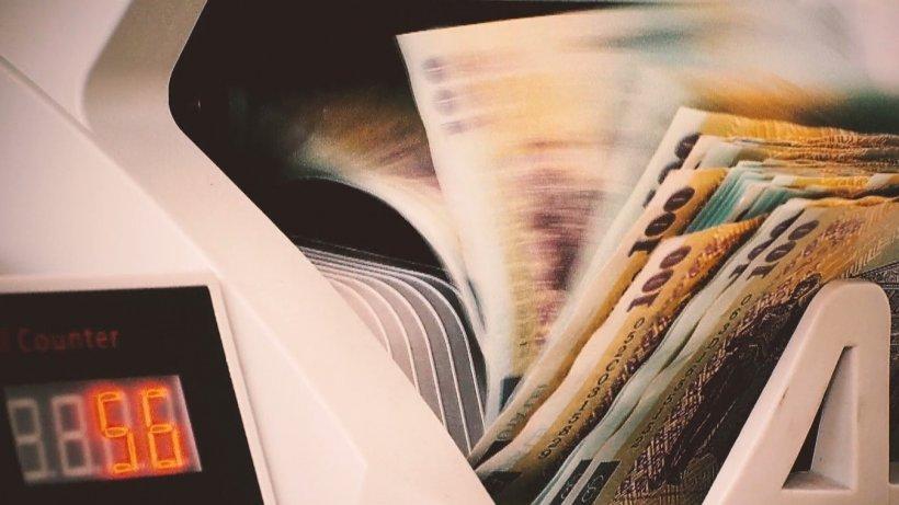 Un român de 39 de ani va primi bani grei de la Guvern! Cum a ajuns statul să îi fie dator