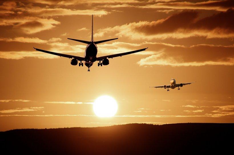 E haos pe un important aeroport din Europa. Peste 100 de zboruri au fost anulate. Sfatul dat pasagerilor