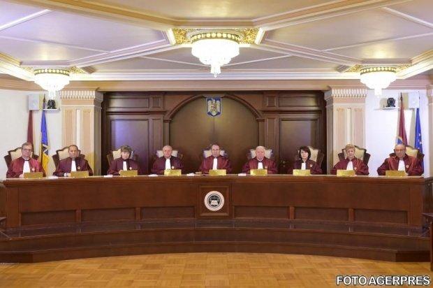 CCR a anunțat când va prezenta raportul legat de referendum