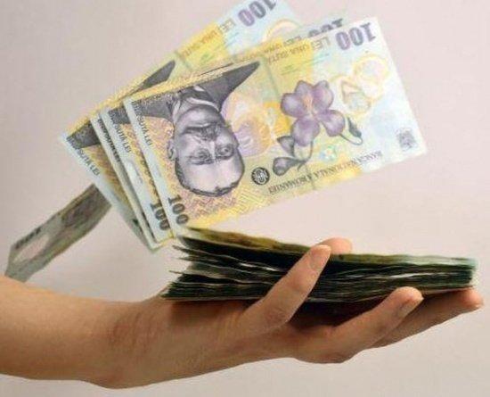 CURS VALUTAR. Leul s-a apreciat față de euro și dolar