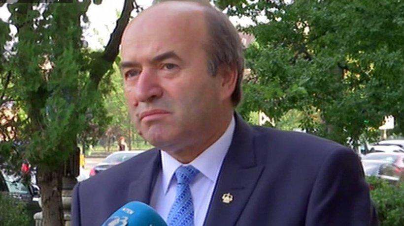 """Tudorel Toader: """"Astăzi nu plec de la Ministerul Justiției până nu răspund la toate întrebările"""""""