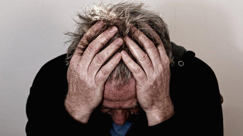 Un psiholog dezvăluie sursa depresiei şi a lipsei de încredere: Obiceiurile dezvoltate încă din copilărie