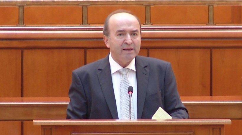 """Zi crucială pentru Justiţie. Tudorel Toader răspunde acuzațiilor aduse de opoziție: """"Nu trebuie să se mai moară în închisori"""""""