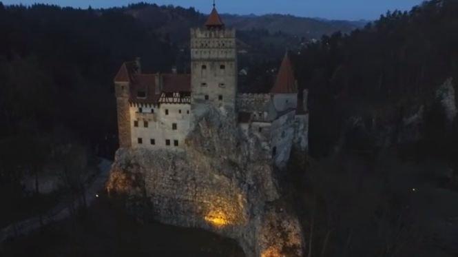 Castelul Bran, închiriat de americani în noaptea de Halloween. Cât au plătit