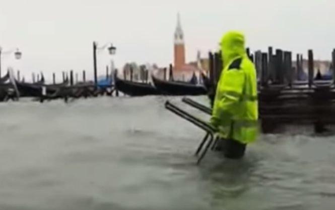 Fenomenele meteo extreme continuă în Italia. La Veneţia, apele s-au revărsat din canale şi au inundat întregul oraş 534