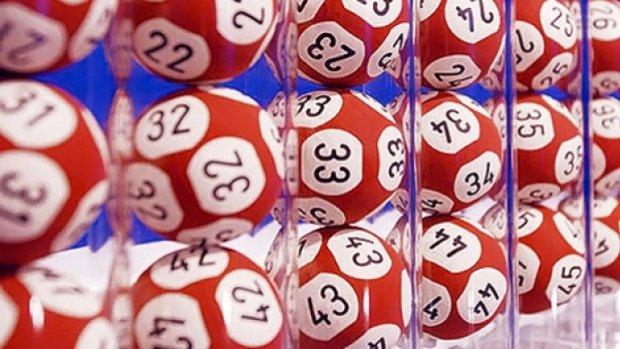 """LOTO. A câștigat o avere la loterie, dar a rătăcit biletul. """"M-au crezut nebună!"""""""