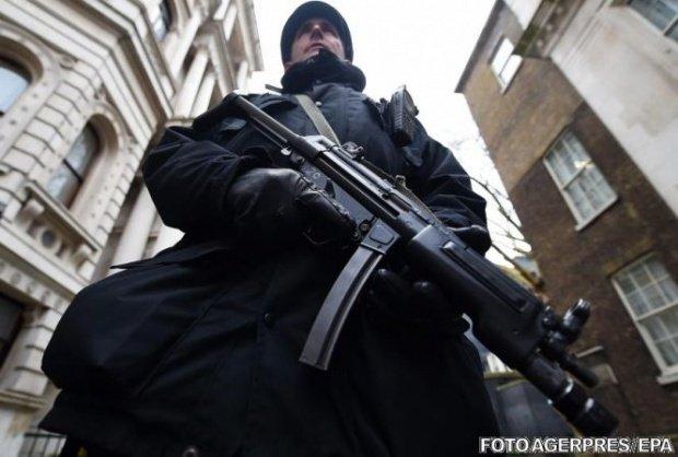 Poliția făcut o descoperire incredibilă în plăcile de rigips. Ce au ascuns acolo traficanţii