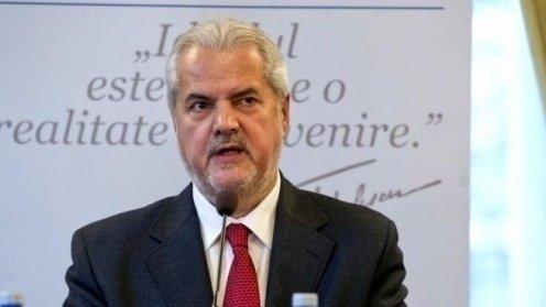 Adrian Năstase: A critica textele validate de CCR inseamnă a extinde nepermis competentele Comisiei Europene