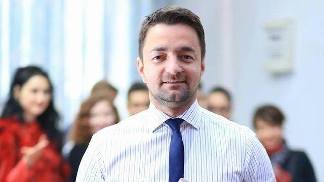 Deputat PSD, despre gesturile obscene ale lui Iordache: Gesturile grotești nu își găsesc locul