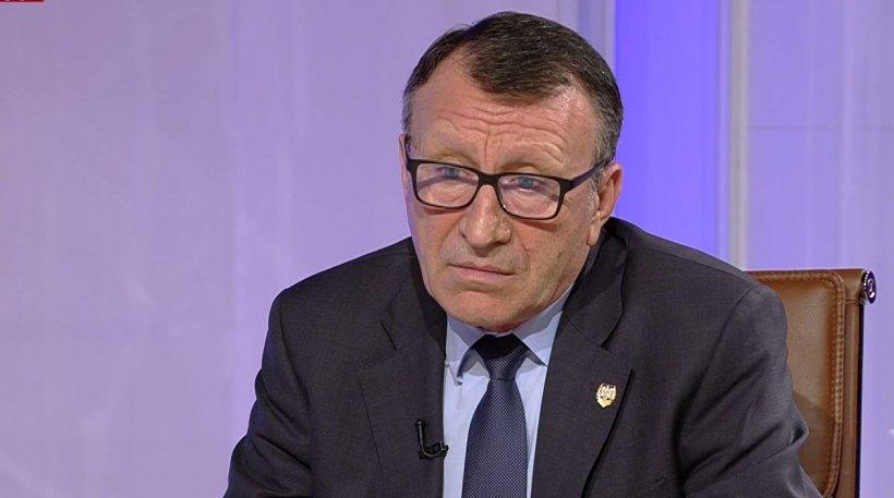 """Vicepremierul Stănescu critică gestul obscen al lui Iordache: """"A făcut o mare greşeală. Nu suntem la stadion"""""""
