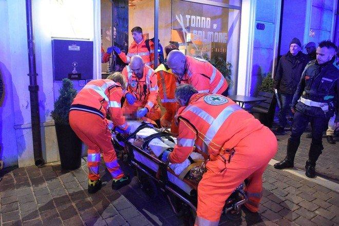 Răsturnare de situație în cazul româncei atacate cu acid în centrul unui oraș în Italia. Cine era de fapt atacatorul