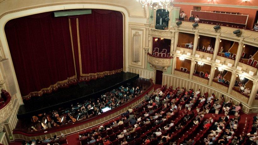 Sperietură puternică pentru spectatorii prezenți duminică seară la Opera Națională