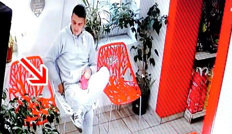 A fost surprins de camere în timp ce fura banii unei cliente. Este incredibil ce a făcut tânărul din Timișoara