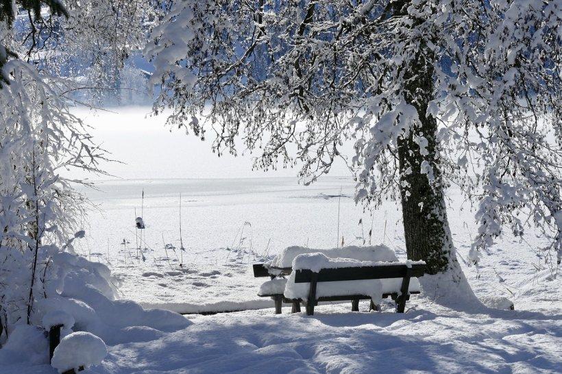 Vine înghețul! Noi avertizări meteo de ploi, vânt, polei şi ninsoare