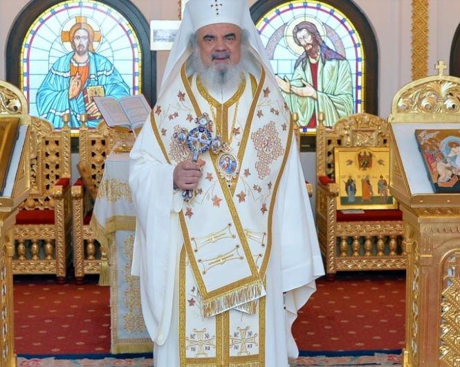 """Patriarhul Daniel, la intrarea în Postul Crăciunului, despre lăcomie: """"Bogăţia vine de la Dumnezeu, nu este rea"""""""