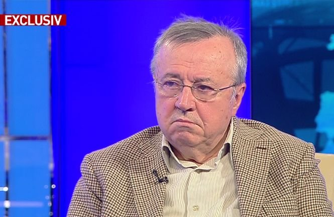 """Ion Cristoiu, teorie incendiară: """"Iohannis a reușit câteva lucruri foarte bune pentru PSD"""""""