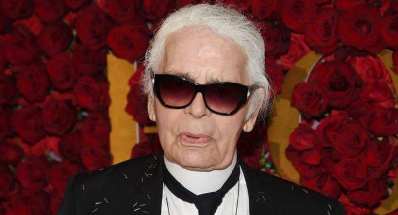 Cum a ajuns să arate celebrul Karl Lagerfeld (85)! A ajuns de nerecunoscut iar dantura lui l-a parasit deja!