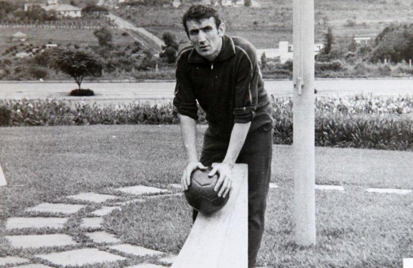 O legendă a fotbalului românesc a încetat din viață