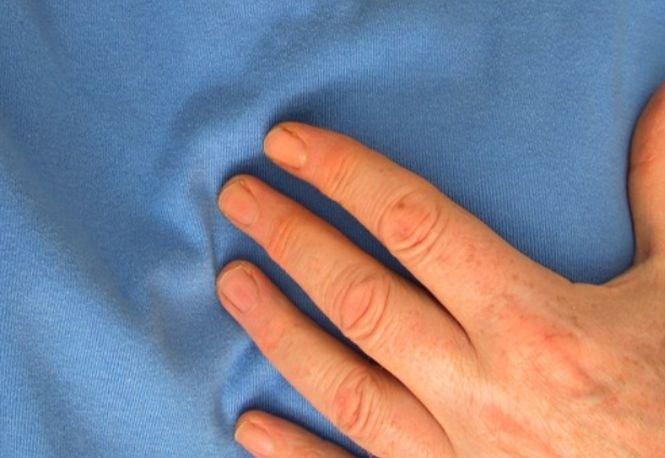 Puțini români știu asta! Ce semnal transmite corpul cu o lună înainte de infarct!