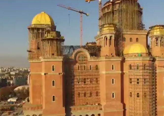 Catedrala Mântuirii Neamului are şase clopote. Cel mai mare dintre ele se va auzi în jumătate de Capitală!