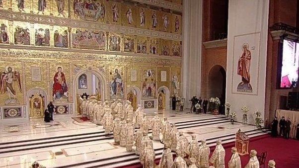CATEDRALA MÂNTUIRII NEAMULUI.Patriarhul Ecumenic, Bartolomeu: Prin sfinţirea Catedralei, Dealul Arsenalului s-a transformat în dealul păcii