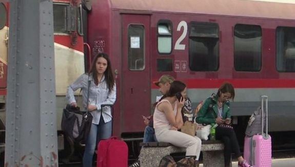 Panică în trenul Timişoara – Iaşi. Zeci de oameni au ieşit din ultimul vagon. Ce s-a întâmplat
