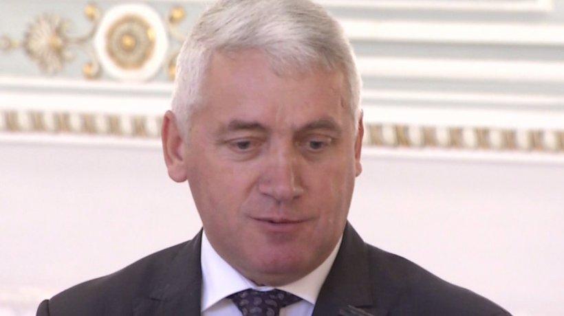 După demisia lui Stănescu, Ţuţuianu face noi declaraţii. Până când va rămâne senator independent