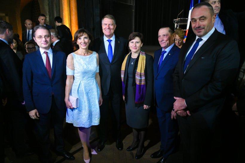 Carmen Iohannis şochează din nou. Cum s-a îmbrăcat la Paris 16