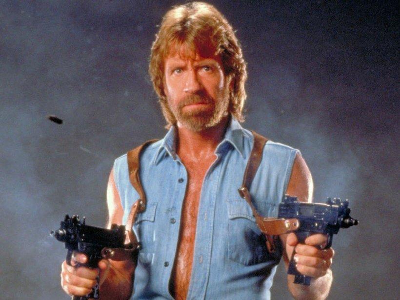 """Cele mai bune bancuri cu Chuck Norris: """"De ce sunt hoţi în România? Pentru că Chuck Norris..."""""""