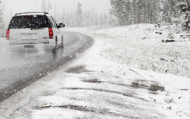 Un bărbat din județul Olt care a plecat la drum fără cauciucuri de iarnă. Ce s-a întâmplat la scurt timp - VIDEO