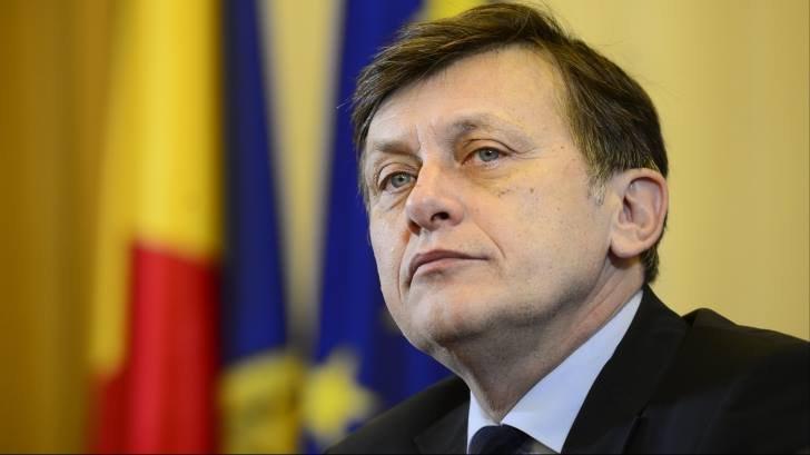 Crin Antonescu: Falimentul PSD e pe toate fronturile, nu cred că pesediștii vor da ordonanță pe amnistie și grațiere