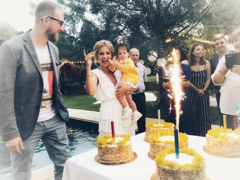 E oficial! Simona Gherghe e însărcinată cu al doilea copil!