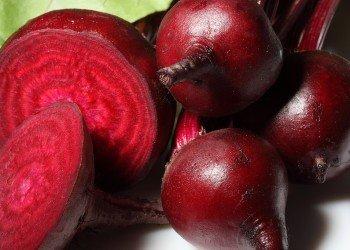 Așa se face corect detoxifierea cu sfeclă roșie