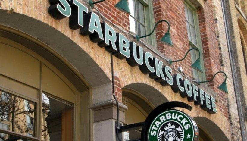 Starbucks va bloca accesul la filmele pentru adulți prin intermediul Wi-fi ului gratuit oferit în cafenele
