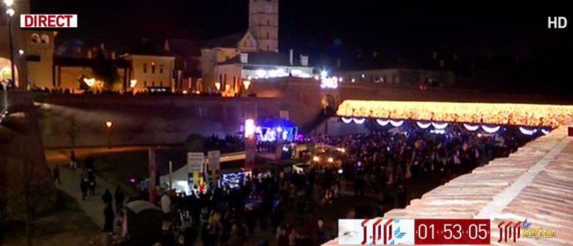 Parada de Centenar de la Alba Iulia s-a încheiat. Petrecerea s-a încheiat cu un foc de artificii