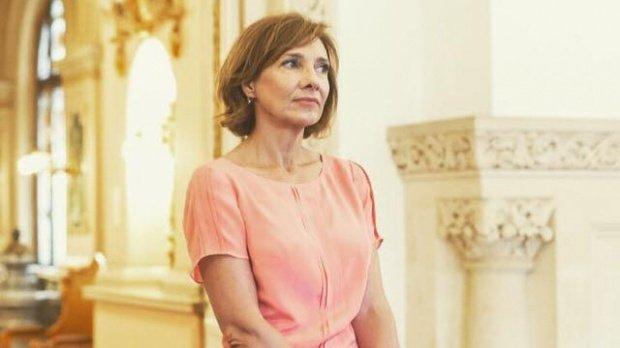 Carmen Iohannis, așteptată luni la Parchetul General