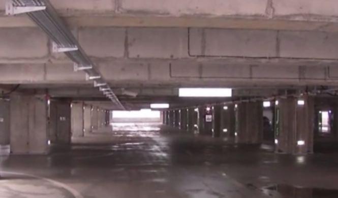 Cea mai modernă parcare din România e goală. De ce nu vor șoferii să o folosească