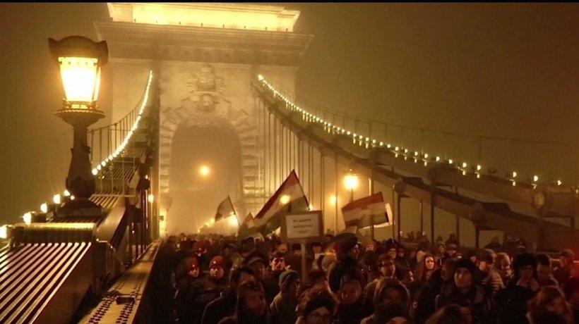Oamenii din Budapesta anunţă noi proteste: ''Ajunge cu minciunile, ajunge cu Orban şi cu această mizerie!''