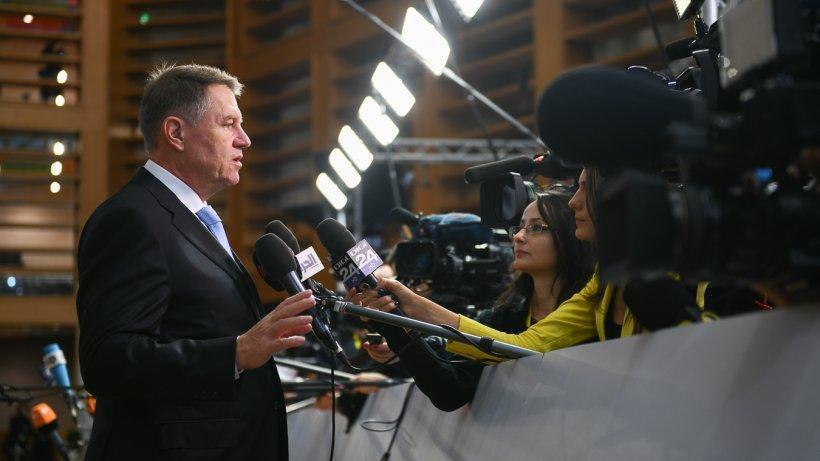 Cum poate fi pus sub acuzare Klaus Iohannis pentru înaltă trădare pe procedură parlamentară. Ce prevede Constituţia României