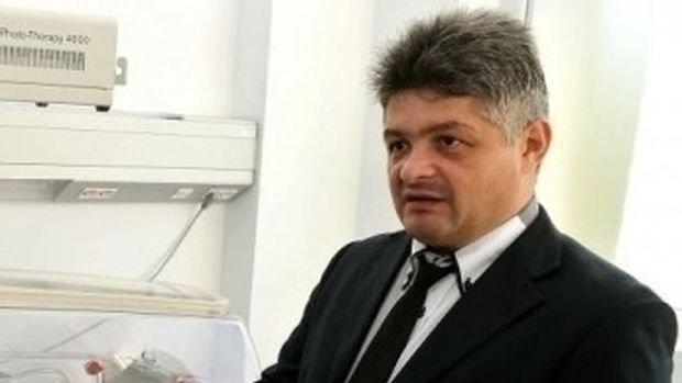 Judecătorii i-au permis lui Secureanu să părăsească țara. Prima ieșire din țară, după ce a fost acuzat că a delapidat Spitalul Malaxa cu două milioane de lei