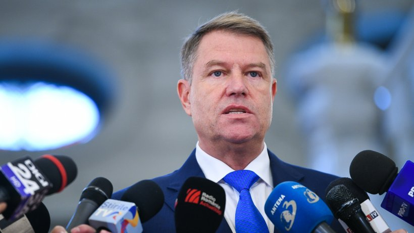 SONDAJ. Sunteţi de acord cu punerea sub acuzare pentru înaltă trădare a lui Klaus Iohannis?